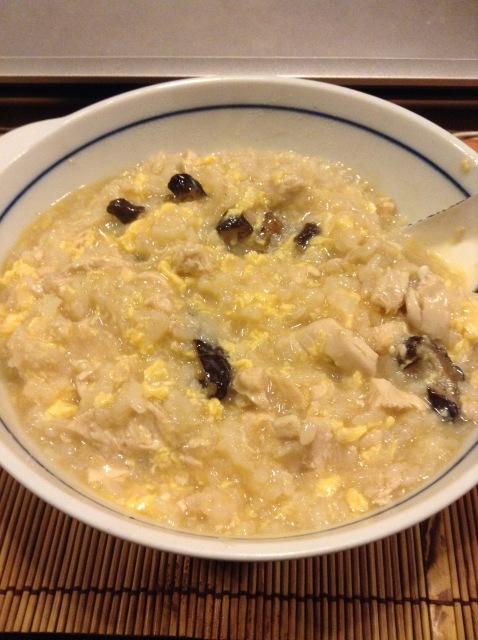 干し椎茸とささみの卵雑炊。_a0334793_03570476.jpg