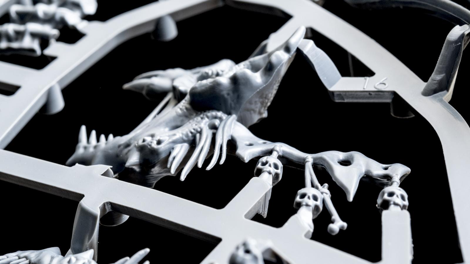 キミは腐ったドラゴンのプラモデルを組んだことがあるか(前編)_b0029315_23145023.jpg
