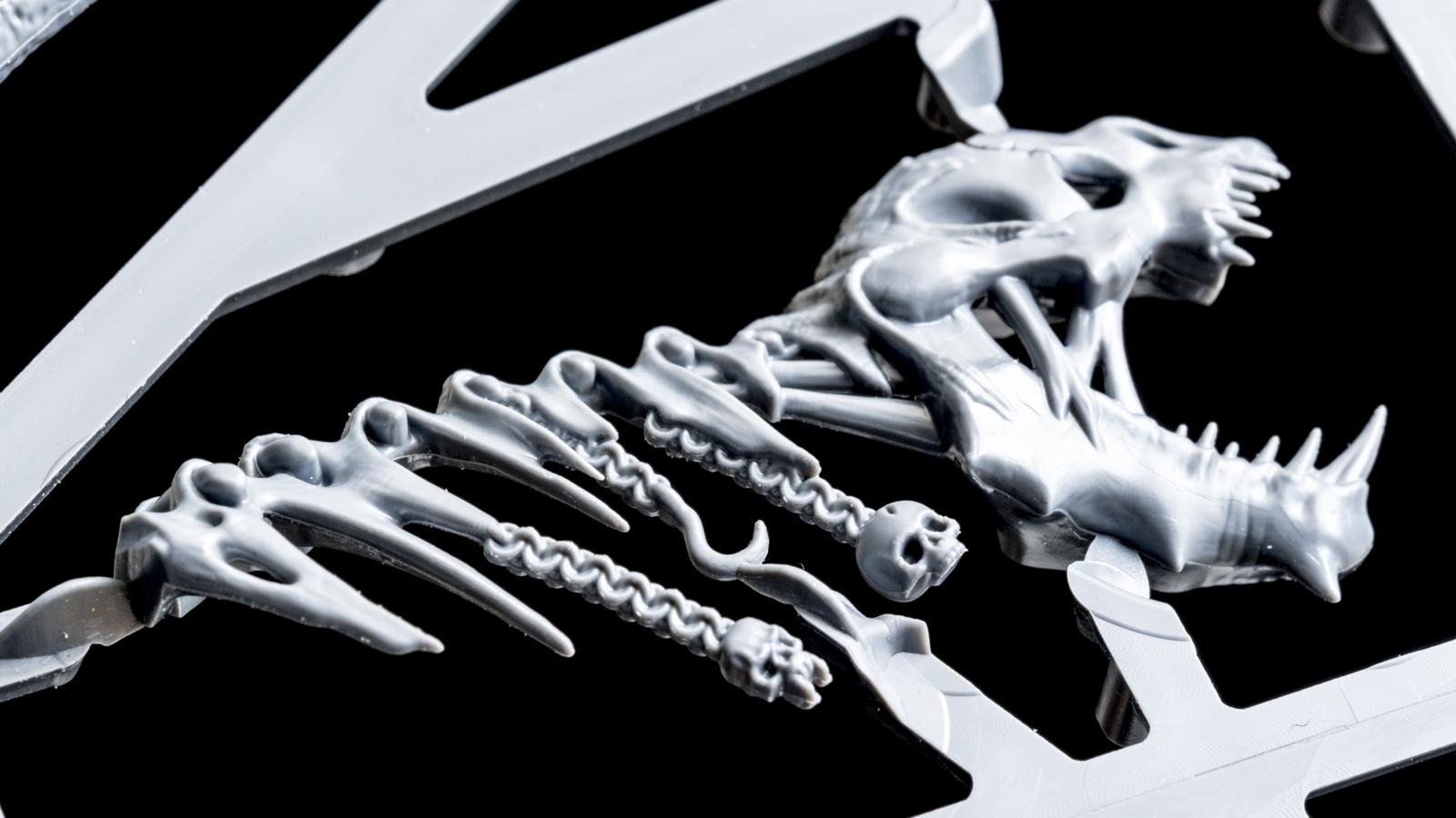 キミは腐ったドラゴンのプラモデルを組んだことがあるか(前編)_b0029315_23152585.jpg