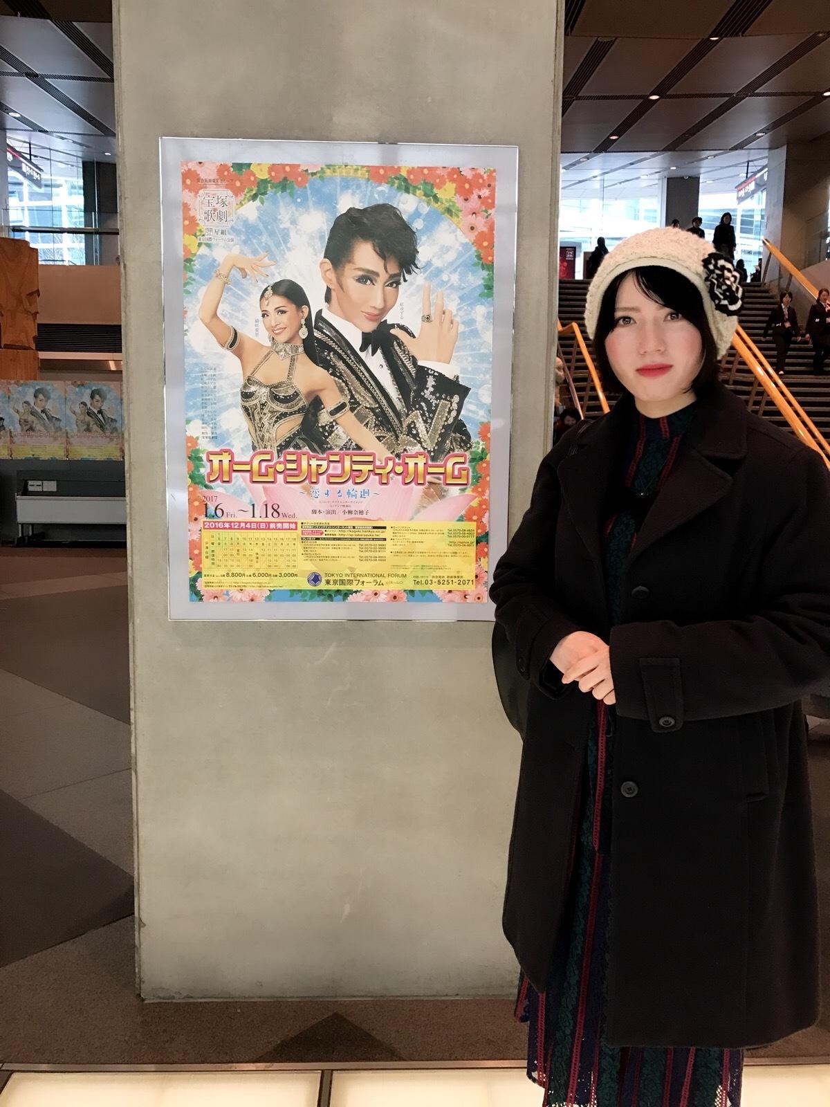 『恋する輪廻 オーム・シャンティ・オーム』を観て参りました!_a0218340_00002564.jpg