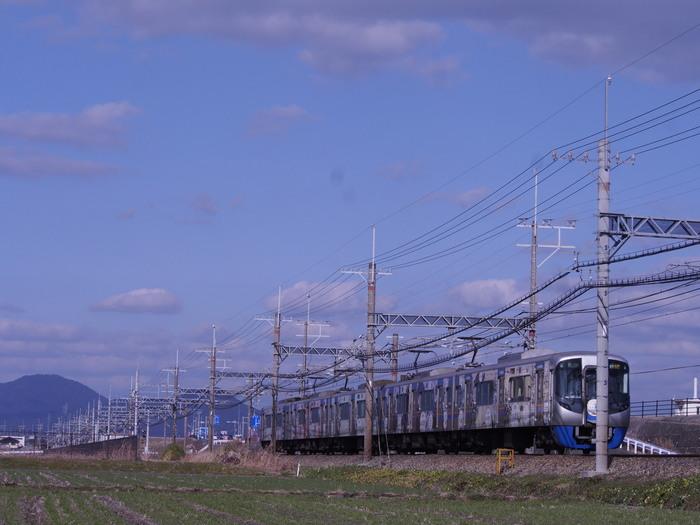 平原を走る電車_a0149488_11204695.jpg