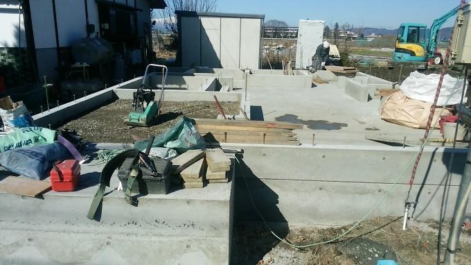 工事の進捗状況_e0180332_18090419.jpg