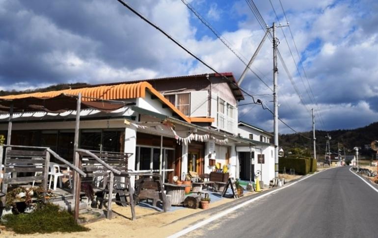 岡山県・牛窓で暮らす人たちとの優しい時間_b0053082_7554558.jpg