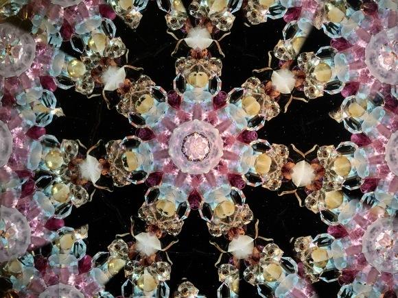 宝石の万華鏡のもと_b0129832_09062144.jpg