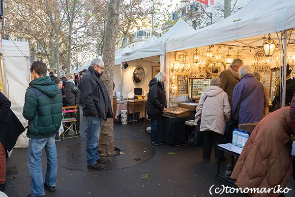 パリの週末蚤の市さんぽ_c0024345_08145620.jpg