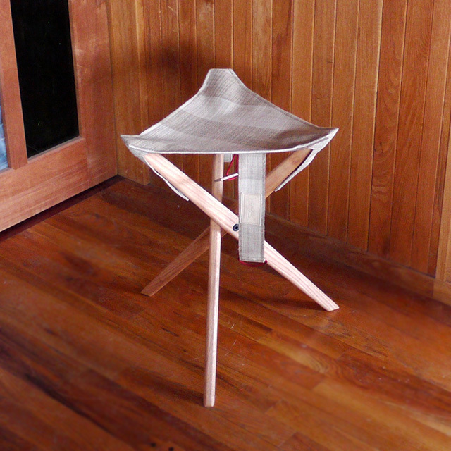 "OUTSIDE IN ""IPPUKU STOOL\"" 新発売_c0127476_14445967.jpg"