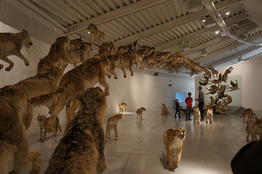 プラート、ペッチ美術館「世界の終焉」展  _f0106597_17381073.jpg