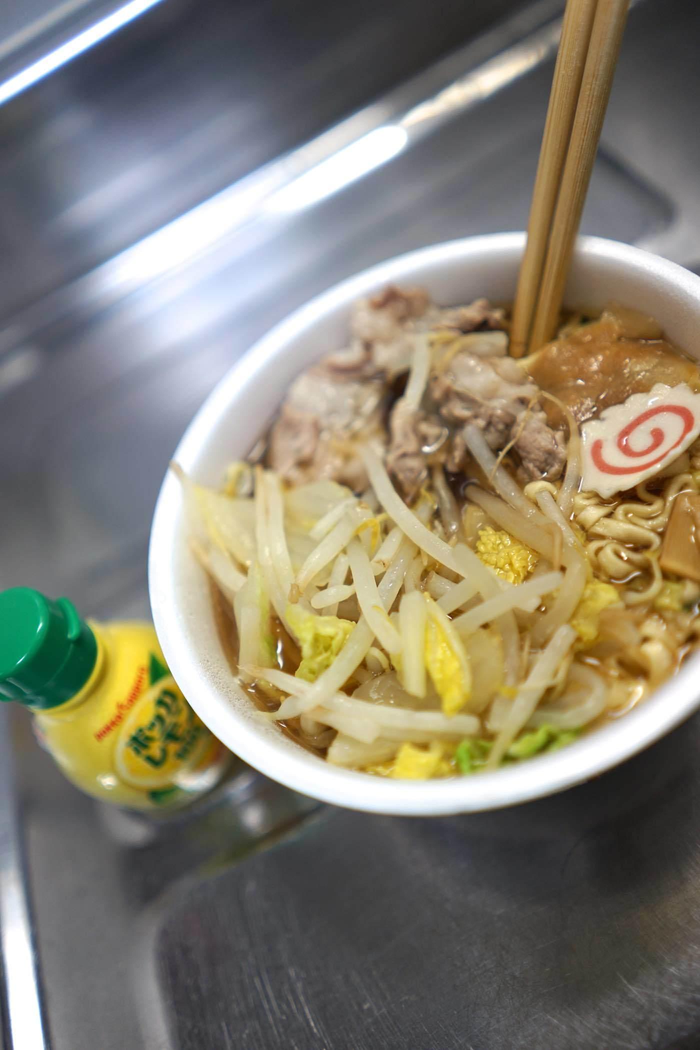 サッポロ一番 旅麺 会津・喜多方 魚介醤油_b0360240_19271510.jpg