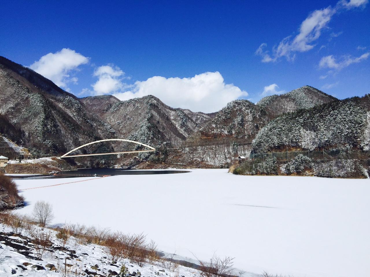 雪と青空のみずがき湖・・・_b0100253_19543939.jpg