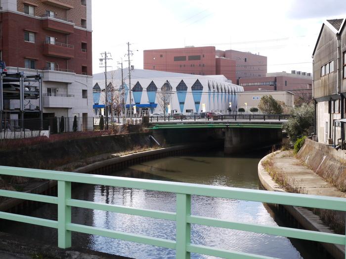 川のある風景_b0093754_2131187.jpg