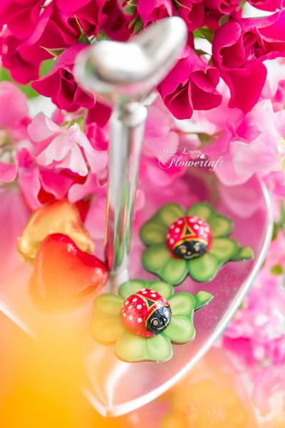 昨日の赤い花器は♡_c0137872_19112197.jpg