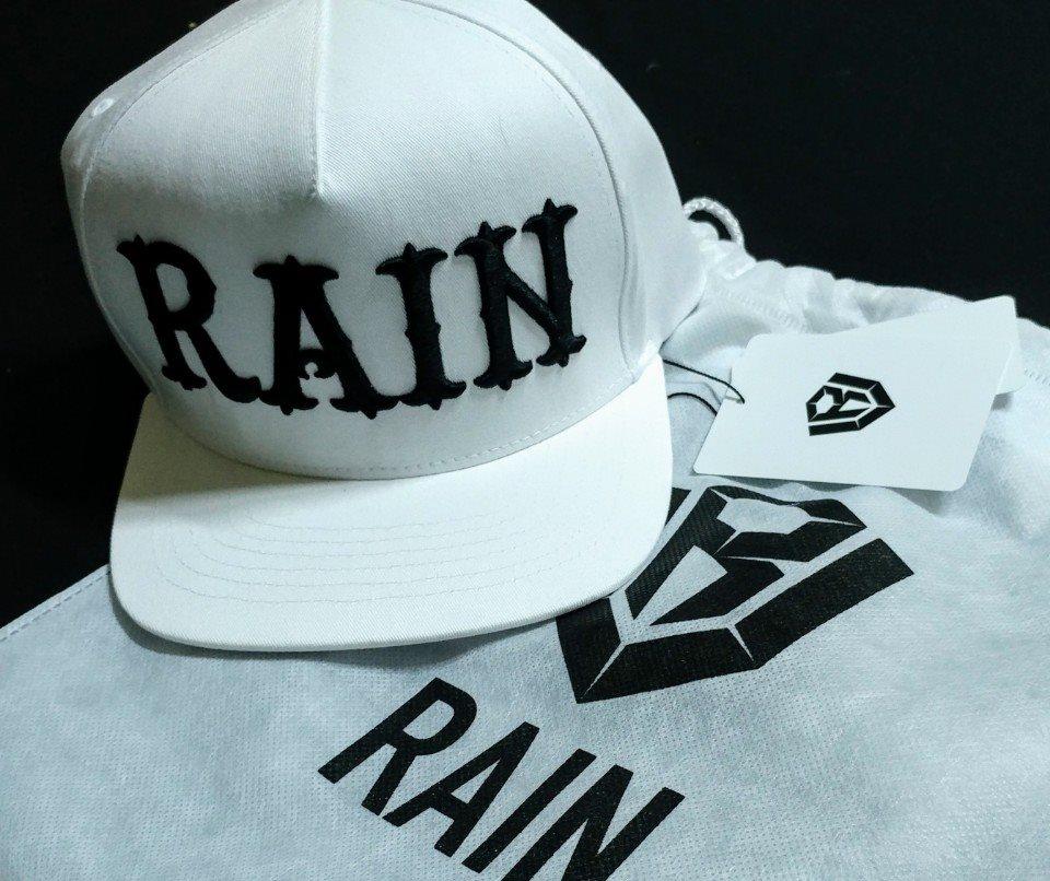 Rain コンサート? ファンミ?_c0047605_9345874.jpg