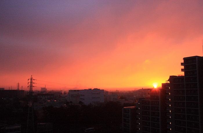 日の出とわた雲_b0268615_8331135.jpg