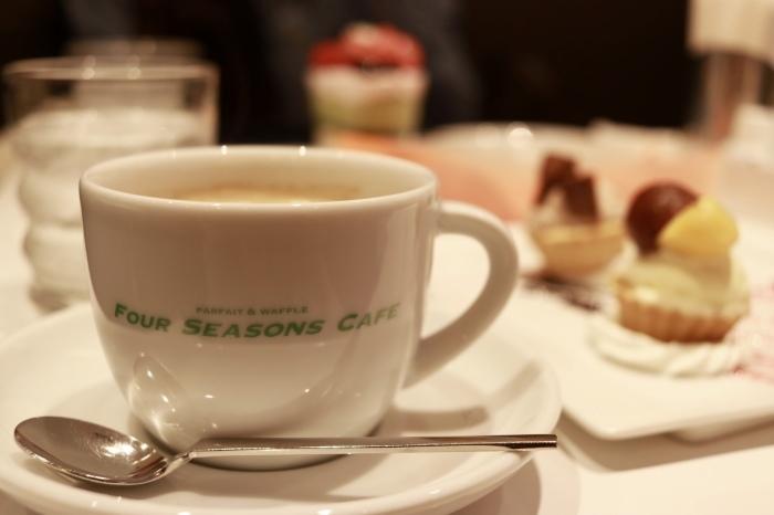 *西葛西*「FOUR SEASONS CAFE」_f0348831_09363307.jpg