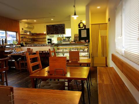 cafe sanaburi (カフェ サナブリ)_e0292546_07344852.jpg