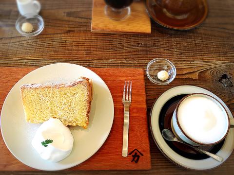 Naya coffee (ナヤ コーヒー)_e0292546_22080739.jpg