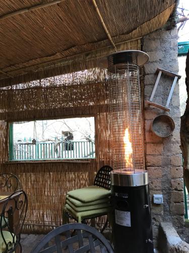 ボルセーナ湖 Lake Bolsena トラットリアPalomba美味しい!チヴィタ・ディ・バーニョレージョ おすすめ!イタリア珍道中2日目 オルヴィエート最後の夜!!!_f0355367_22374484.jpg