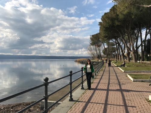 ボルセーナ湖 Lake Bolsena トラットリアPalomba美味しい!チヴィタ・ディ・バーニョレージョ おすすめ!イタリア珍道中2日目 オルヴィエート最後の夜!!!_f0355367_23182333.jpg