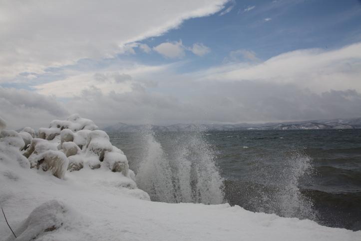会津 猪苗代湖のしぶき氷 その1_e0165983_17114594.jpg