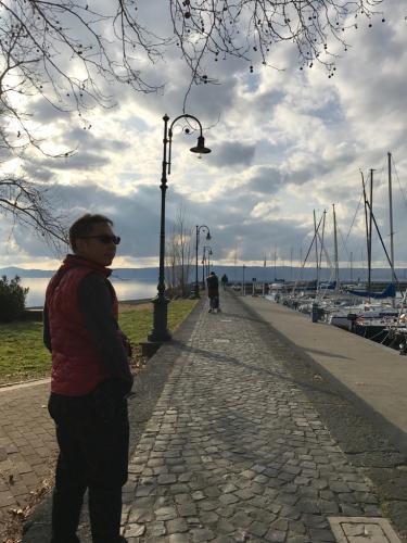 ボルセーナ湖 Lake Bolsena トラットリアPalomba美味しい!チヴィタ・ディ・バーニョレージョ おすすめ!イタリア珍道中2日目 オルヴィエート最後の夜!!!_f0355367_02400406.jpg
