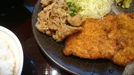 牛カツ専門店『京都 勝牛』(エキシティの近く)_c0325278_20592134.jpg