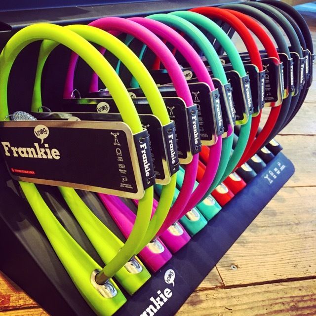Knog 新作ロック『Frankie』フランキー ノグ おしゃれロック 自転車ロック おしゃれ自転車 リピトデザイン_b0212032_20583441.jpg