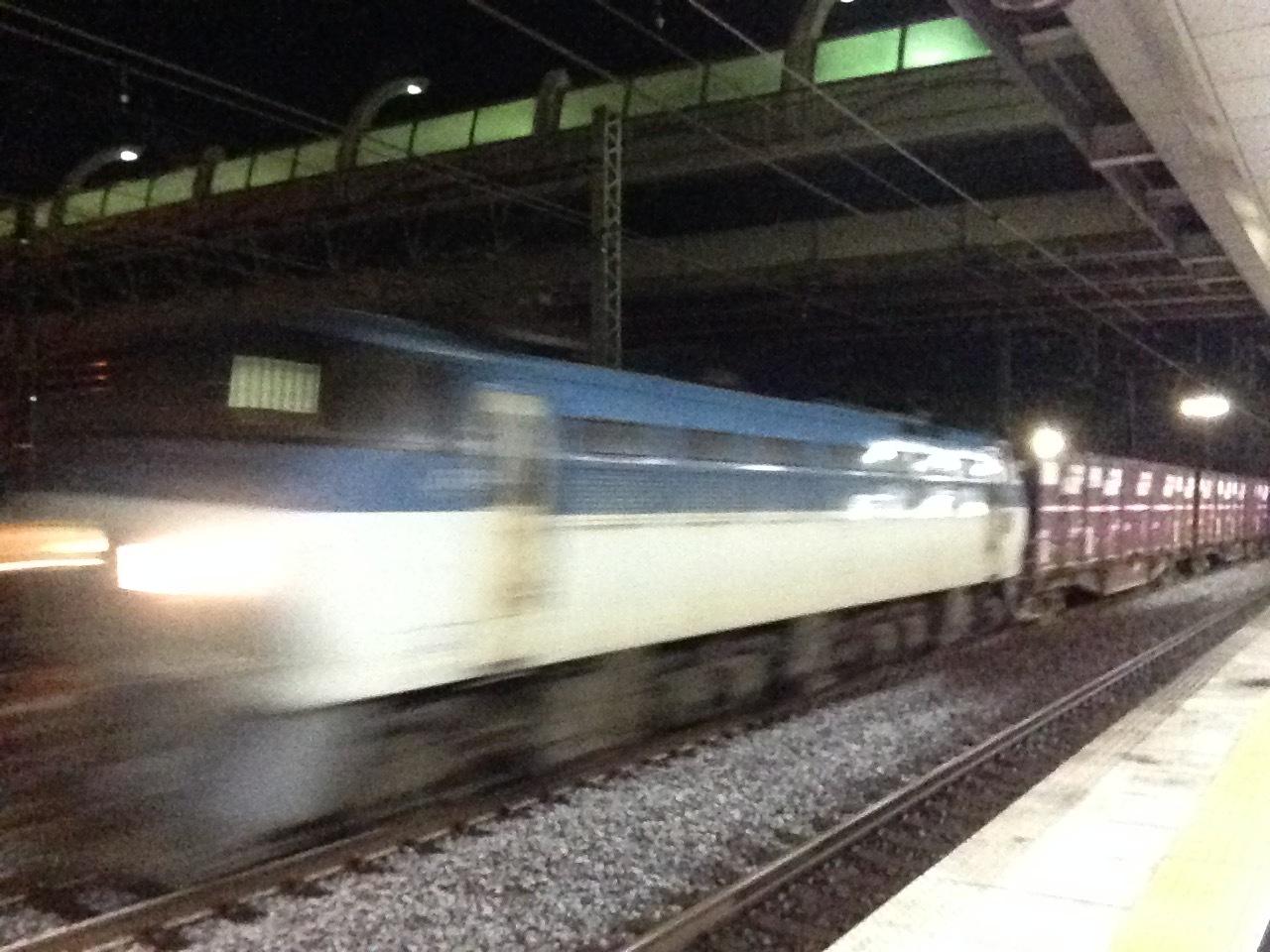 貨物列車通過@稲沢駅_a0334793_06590413.jpg
