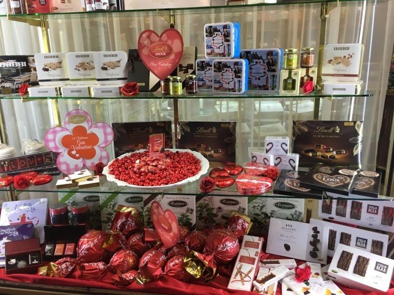 """モデナの老舗バレンタインチョコ⁈\""""Torta di Barozzi トルタバロッツィ\""""_b0246303_02455150.jpg"""