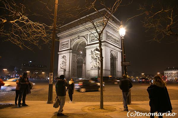 パリの夜のモニュメント_c0024345_08493623.jpg