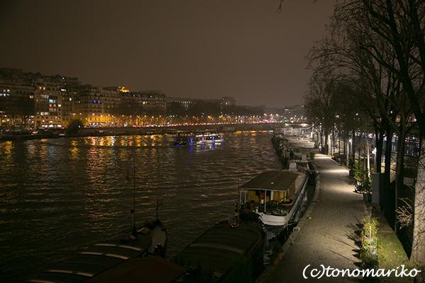 パリの夜のモニュメント_c0024345_08493692.jpg