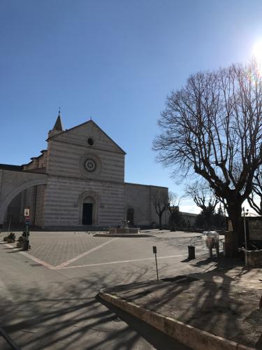 アッシジ 聖フランチェスコ聖堂 神々しいエネルギー満ちる街 イタリア珍道中4日目!トラットリア Pallota ☆_f0355367_00074894.jpg