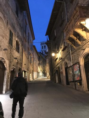 アッシジ 聖フランチェスコ聖堂 神々しいエネルギー満ちる街 イタリア珍道中4日目!トラットリア Pallota ☆_f0355367_05284332.jpg