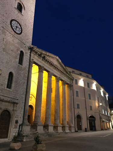 アッシジ 聖フランチェスコ聖堂 神々しいエネルギー満ちる街 イタリア珍道中4日目!トラットリア Pallota ☆_f0355367_05284428.jpg