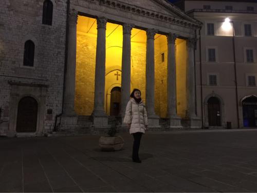 アッシジ 聖フランチェスコ聖堂 神々しいエネルギー満ちる街 イタリア珍道中4日目!トラットリア Pallota ☆_f0355367_05284453.jpg