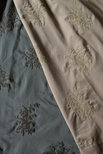 M71804 チノ スズラン刺繍スカート_b0117913_19140300.jpg