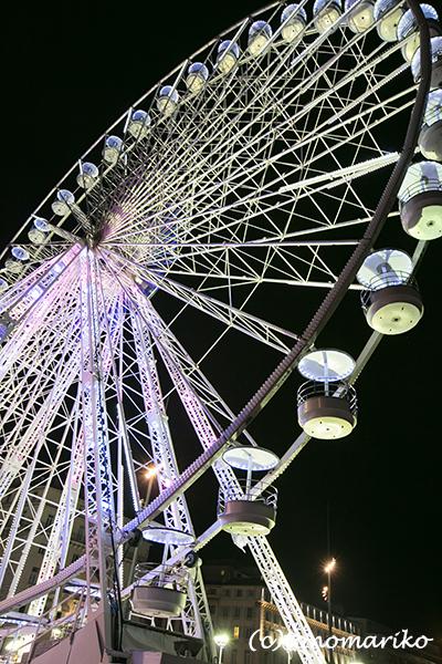 今夜はマルセイユの夜景からボンソワ〜ル_c0024345_08294823.jpg
