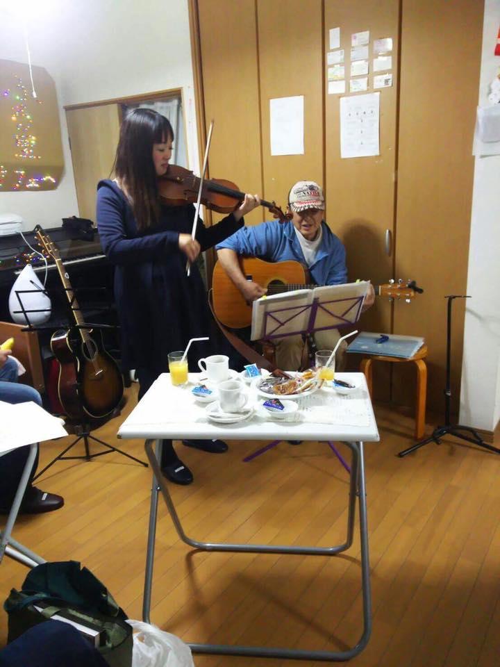 カフェ ふるさと ネイルデザインマゴ 演奏♪_f0109257_17325878.jpg