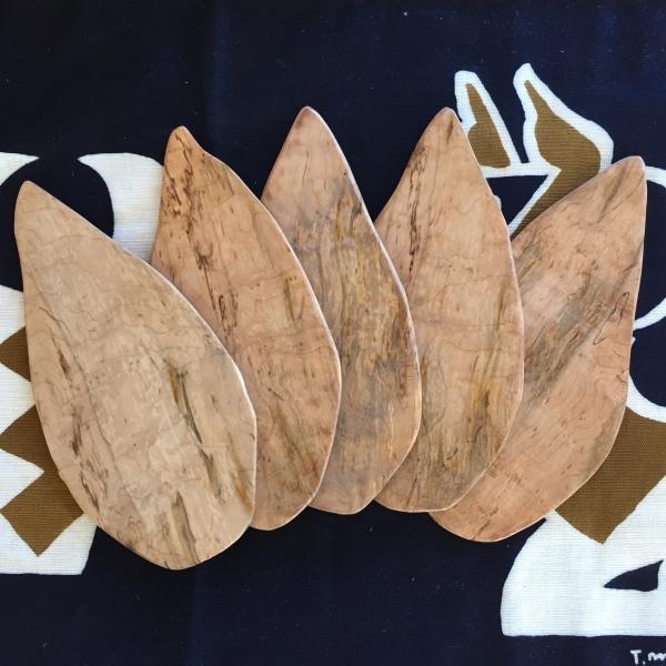 木の葉のお皿・カッティングボード_f0355622_13575491.jpg