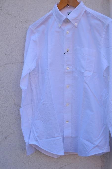 arbre 麻のスウィングトップ と 白いボタンダウンシャツ_d0334060_15160129.jpg