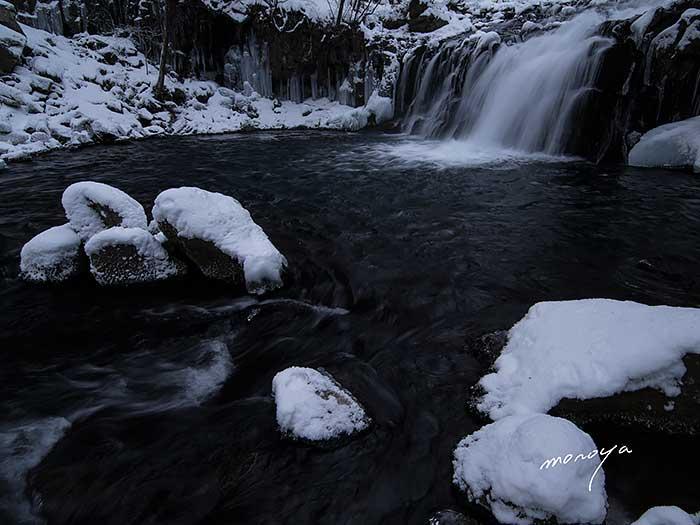 冬の滝_c0085877_12332720.jpg