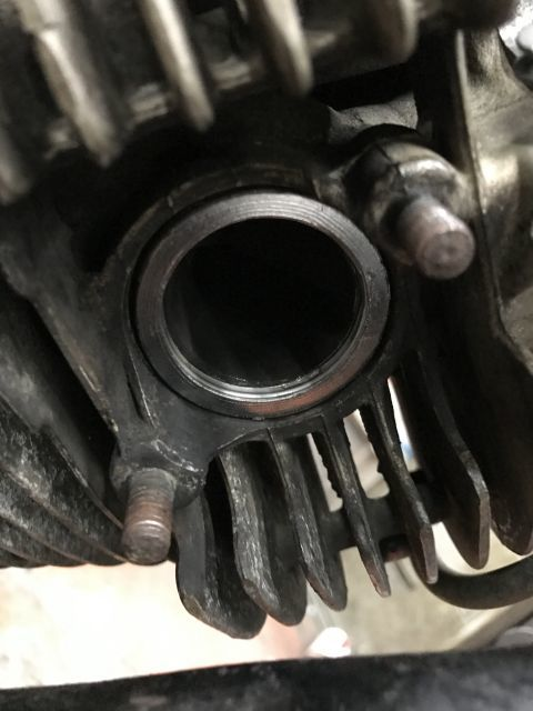 SR400 修理 エンジン載せ替え モクモクする!_a0164918_19194663.jpg