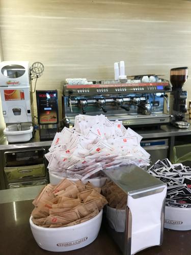 ローマおすすめシーフードレストラン Restorante Due Ladroni イタリア珍道中7日目!ミラノに到着〜〜〜(^^)_f0355367_00453358.jpg