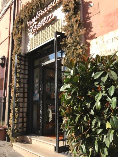 ローマおすすめシーフードレストラン Restorante Due Ladroni イタリア珍道中7日目!ミラノに到着〜〜〜(^^)_f0355367_00484708.jpg