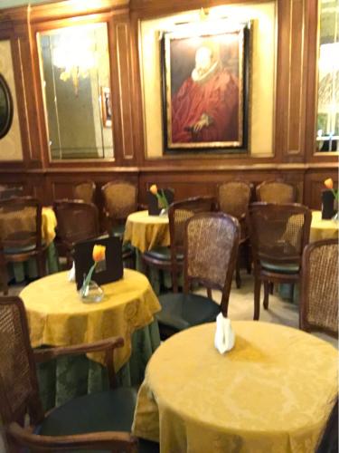ローマおすすめシーフードレストラン Restorante Due Ladroni イタリア珍道中7日目!ミラノに到着〜〜〜(^^)_f0355367_01051829.jpg
