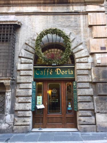 ローマおすすめシーフードレストラン Restorante Due Ladroni イタリア珍道中7日目!ミラノに到着〜〜〜(^^)_f0355367_01052029.jpg