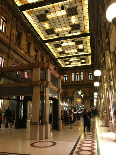 ローマおすすめシーフードレストラン Restorante Due Ladroni イタリア珍道中7日目!ミラノに到着〜〜〜(^^)_f0355367_07150702.jpg