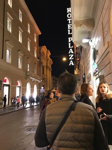 ローマおすすめシーフードレストラン Restorante Due Ladroni イタリア珍道中7日目!ミラノに到着〜〜〜(^^)_f0355367_07150760.jpg
