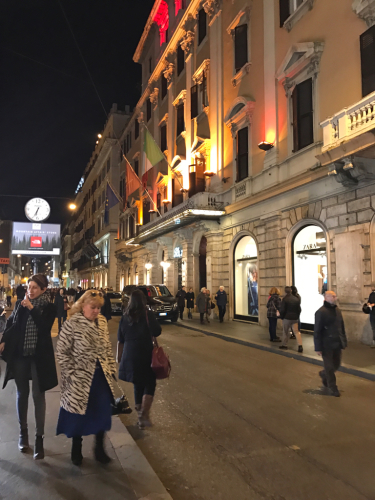 ローマおすすめシーフードレストラン Restorante Due Ladroni イタリア珍道中7日目!ミラノに到着〜〜〜(^^)_f0355367_07175136.jpg