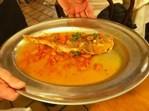 ローマおすすめシーフードレストラン Restorante Due Ladroni イタリア珍道中7日目!ミラノに到着〜〜〜(^^)_f0355367_07240626.jpg