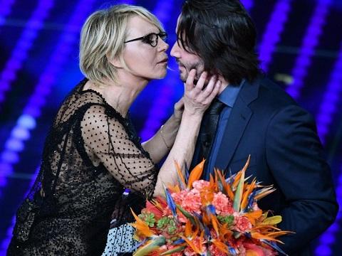 サンレモ音楽祭のキアヌ・リーブス (Keanu Reeves al festival di Sanremo)_e0059574_237462.jpg